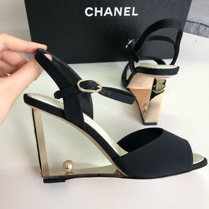 Chanel Pearl Point Heel Sandals Pumps 36